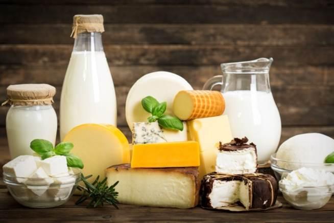 آیا مصرف لبنیات میتواند باعث تشدید پوکی استخوان شود